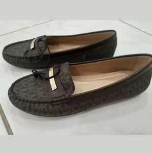 💼Michael Kors Brown Leather Everette Loafer